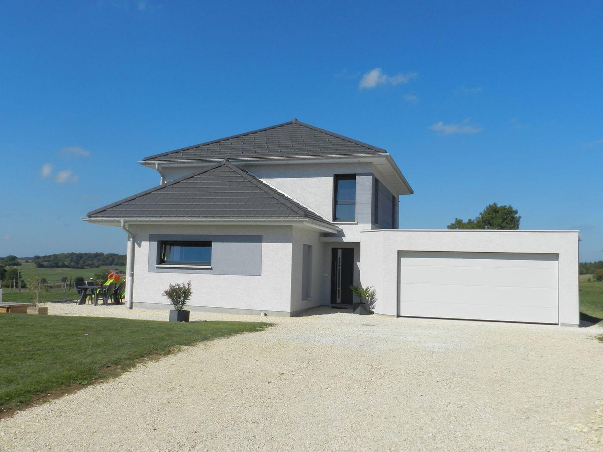 maison individuelle toiture 4 pans - Conception KLC